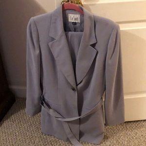 Jacket/Pant Suit